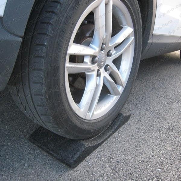 pneu anti crevaison voiture bombes anti crevaison pneu comment l 39 utiliser vid o bombe anti. Black Bedroom Furniture Sets. Home Design Ideas